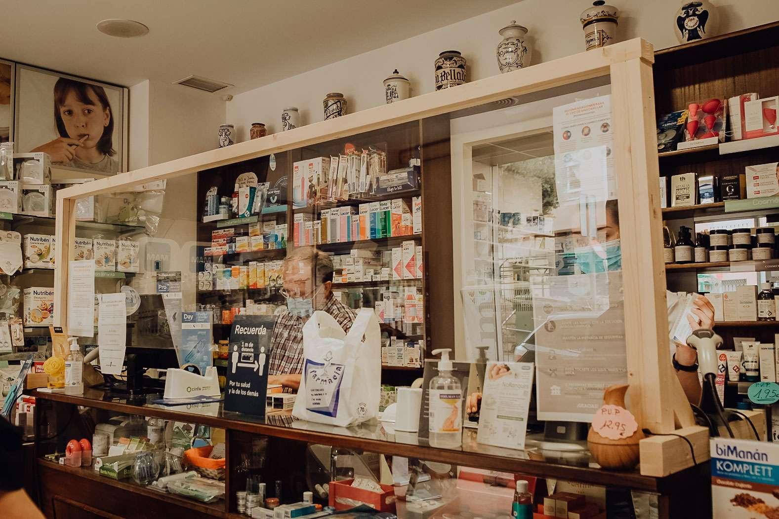 Farmacia Eladio y Esther